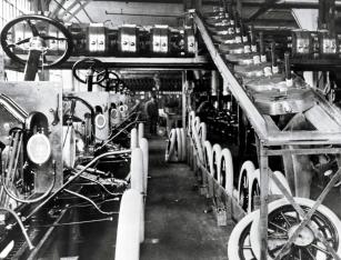 1913 - 1st Assembly Line Highland Park